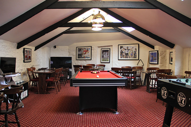 pub-family-games-room-tavistock
